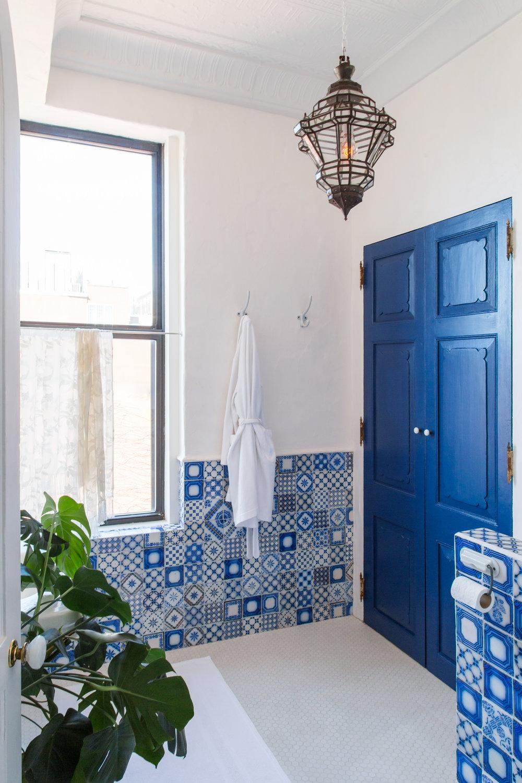 guest_bathroom_01.jpg