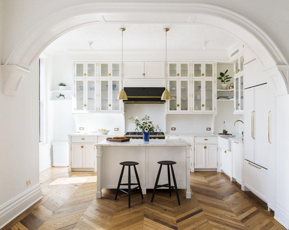 kitchen IMG_1862_alt.jpg