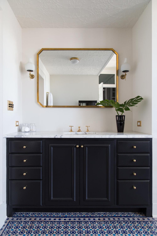 master_bathroom_03.jpg