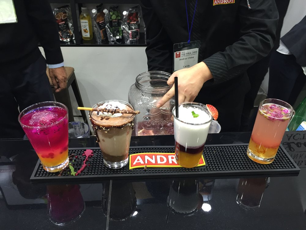 Sweet_drinks_Seoul_cafe_show_wonderworks