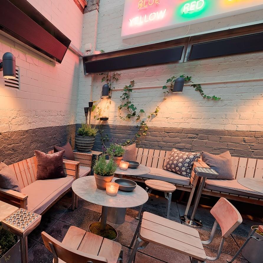 the-groucho-club terrace.jpg