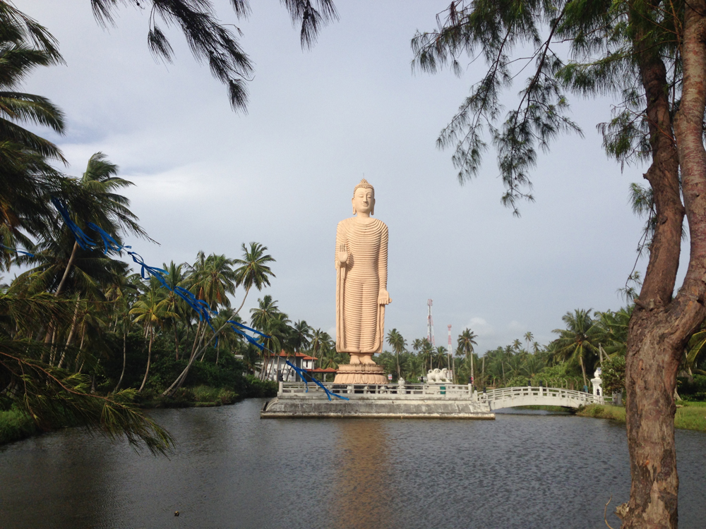 Giant, random Buddha on the road between Ambalangoda and Hikkaduwa