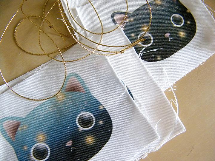 cat space ornament w.jpg