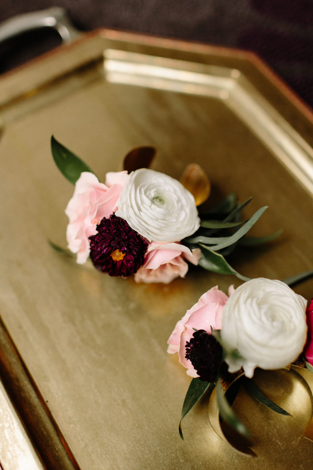 Image by  Erika Mattingly Photography , Floral by  Heirloom   Event   Co.