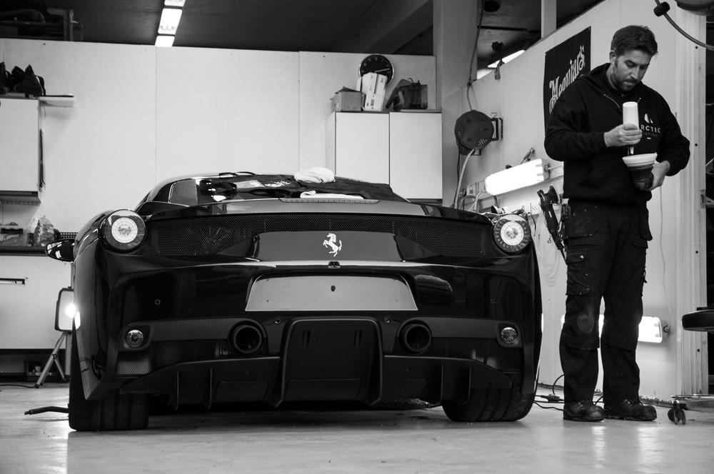 Jan werner - 458 speciale (blackwhite)-3.jpg