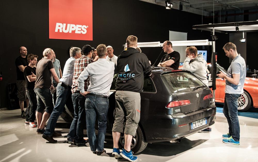 Rupes_car-3-2.jpg