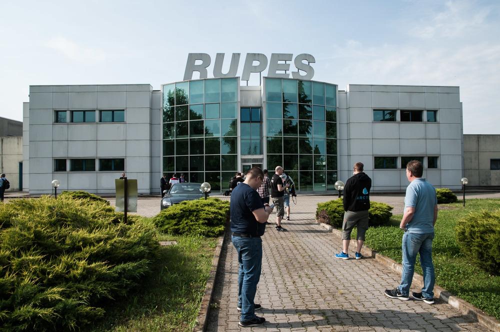 Rupes_car-3-5.jpg