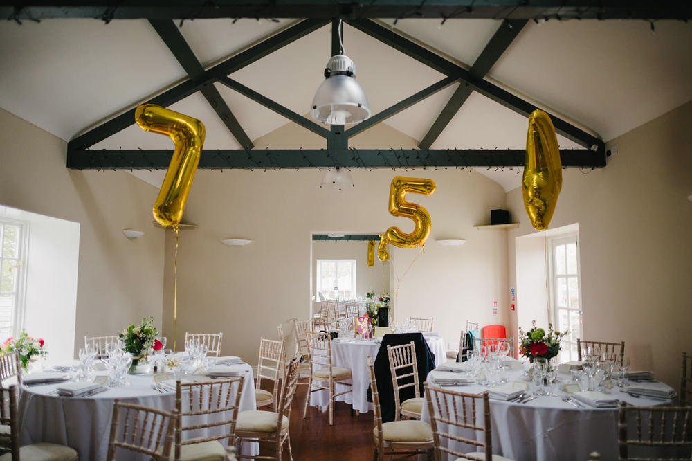 table number balloons
