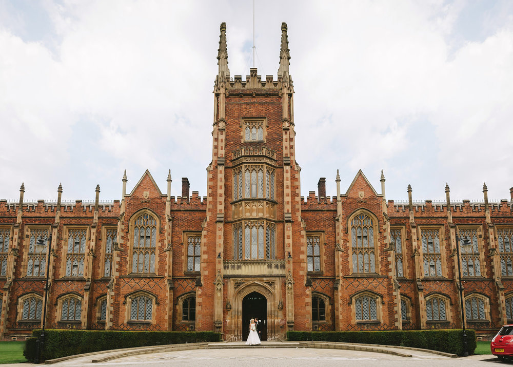 Queen's University Great Hall Wedding Photos Belfast. Simple Tapestry. QUB. Queens University wedding.