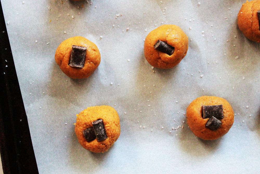 squarebar cookie pan prebake.jpg