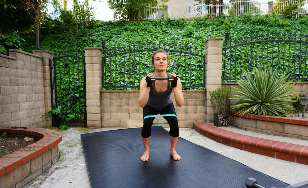 banded squat1.jpg