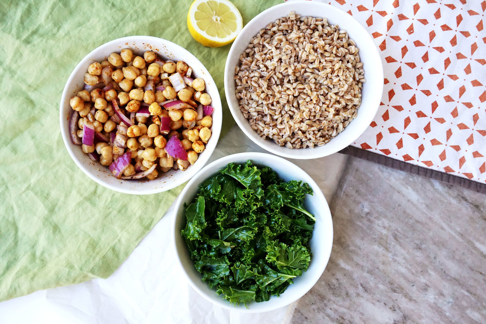 Kale and Farro Salad w/ Crispy Chickpeas (Vegan, GF)