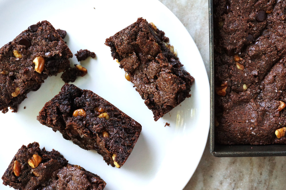 Best Vegan Brownies (Paleo, GF)