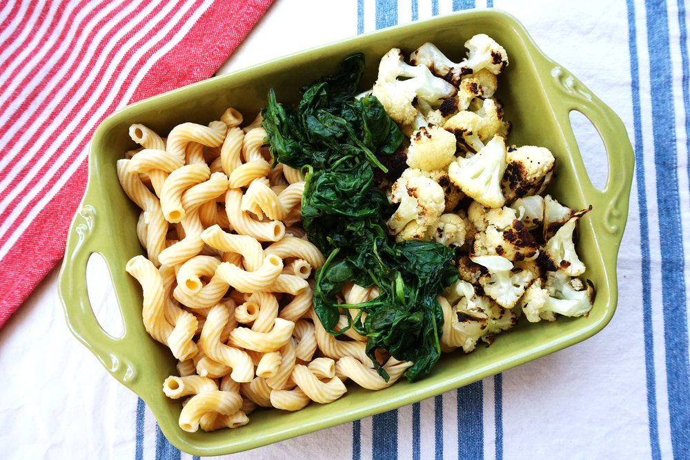 Cauliflower and Spinach Mac n' Cheese (Vegan, GF)
