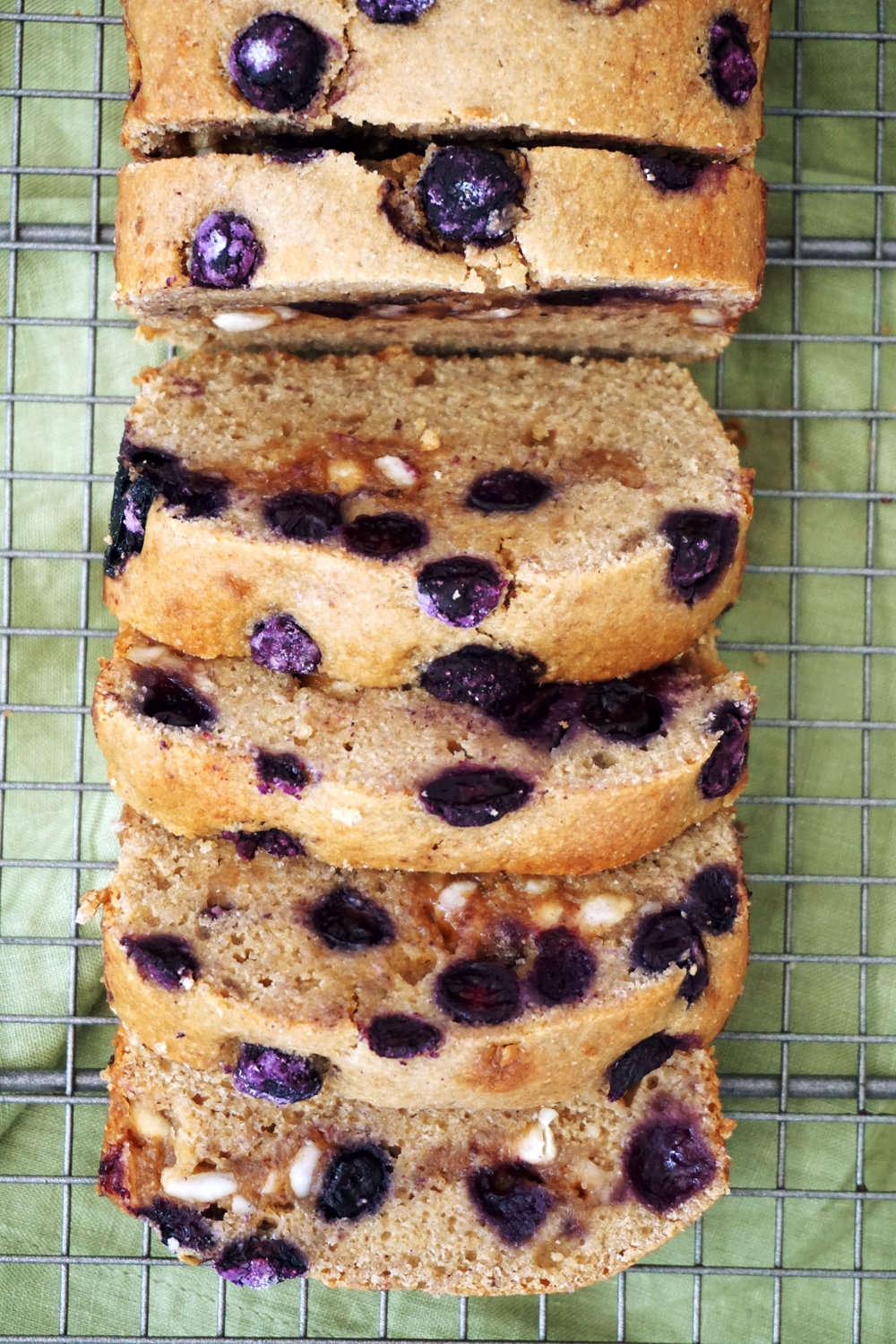 Blueberry Cashew Crumble Bread