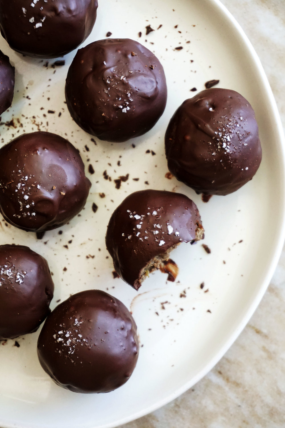 Double-Chocolate Cake Pops (Vegan, GF)