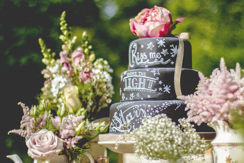 Vanilla nova wedding cake
