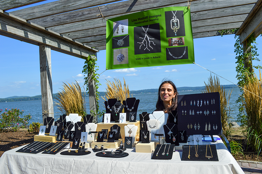 Craft vendor Lisa Medoff Jewelry