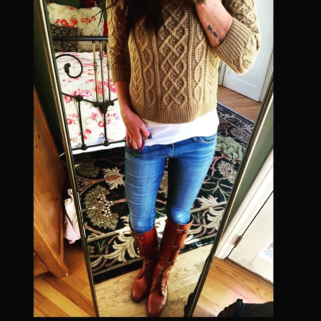 Boots & Sweater weather!!!!! #danistyle #style #stylist #fashion #fashiondiaries #whatiwore #fallfashion