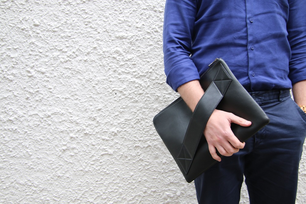 519a410bc437 Blog The Man Bag - the modern man s accessory Hills   West