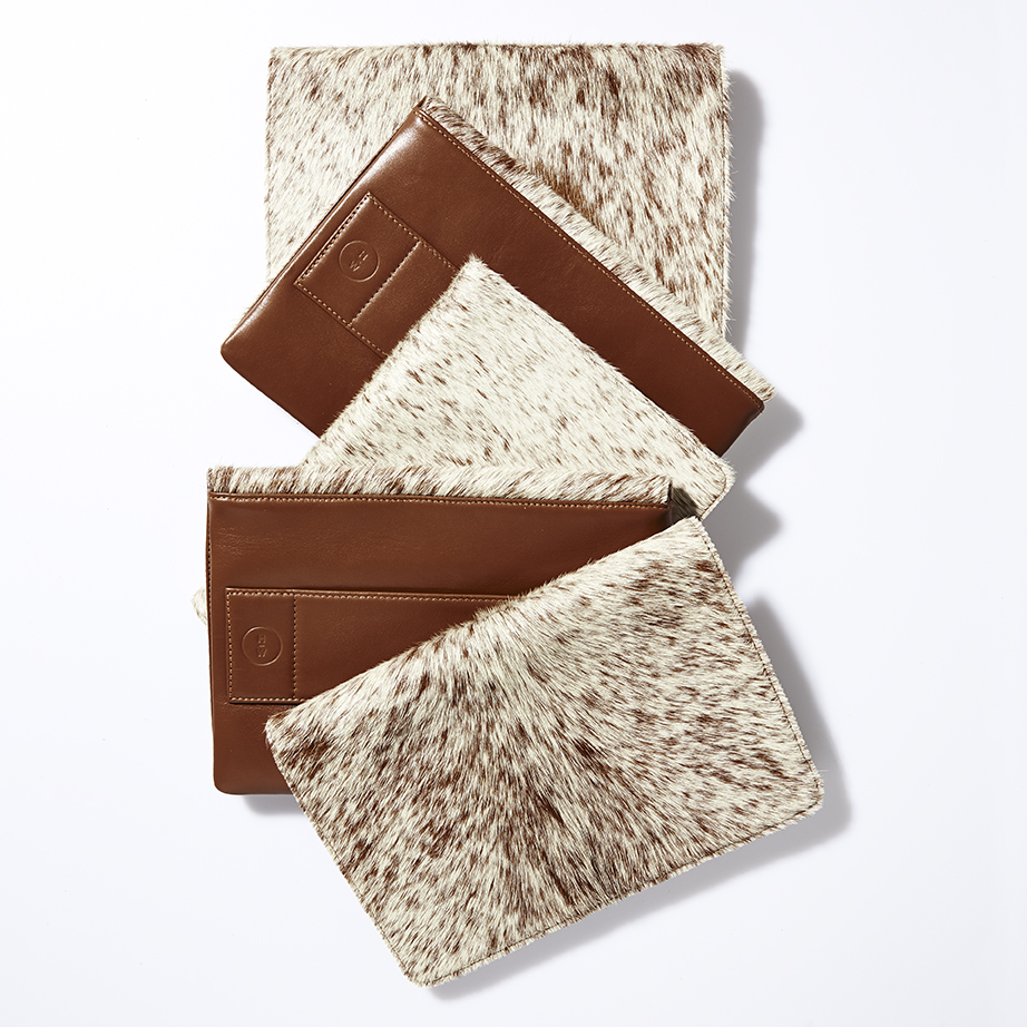 Hills & West Everyday Cowhide Clutch in Jersey Tan