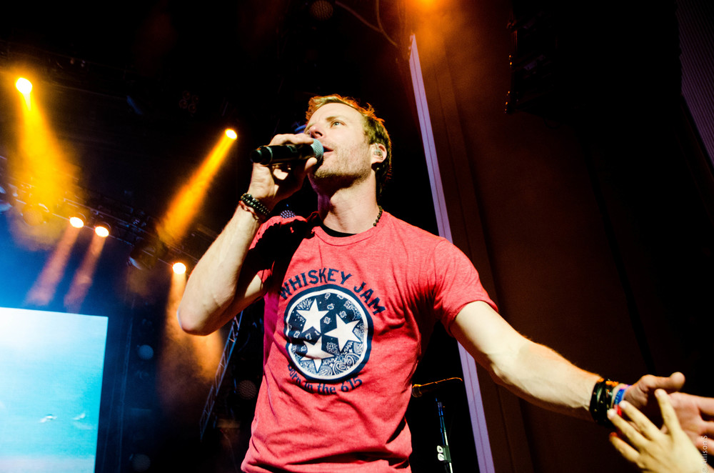 dierks-bentley_14428608953_o.jpg