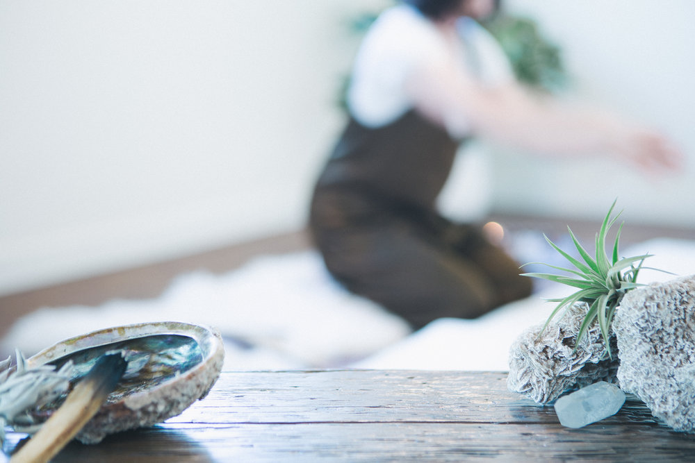 Work With Me - Spirited Roots combines a counselling background with expert holistic practices. Sessions are soulful,engaging and unconventional. You leave feeling inspired and grounded.