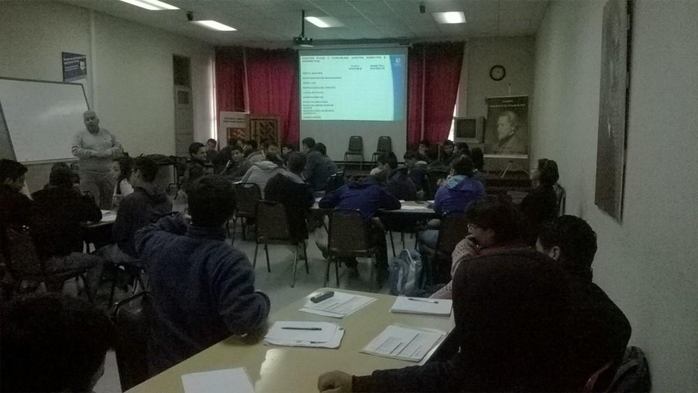 Alumnos en Capacitación Proyecto EASV - USACH