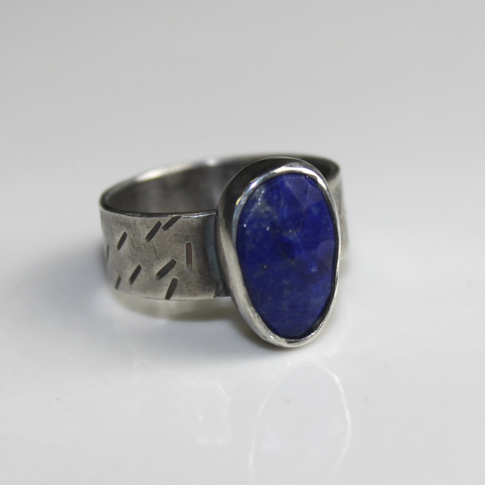 lapis mark ring