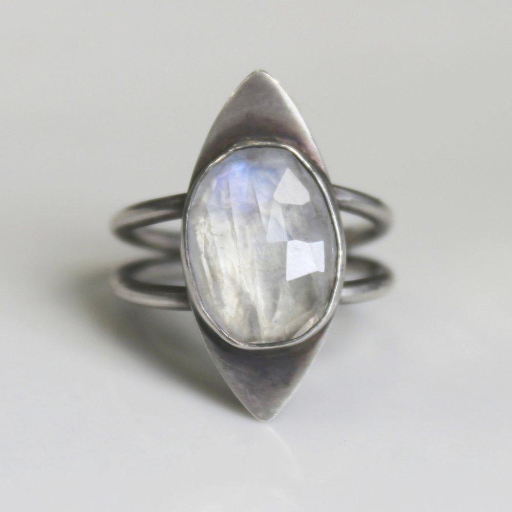 rainbow moonstone split band ring