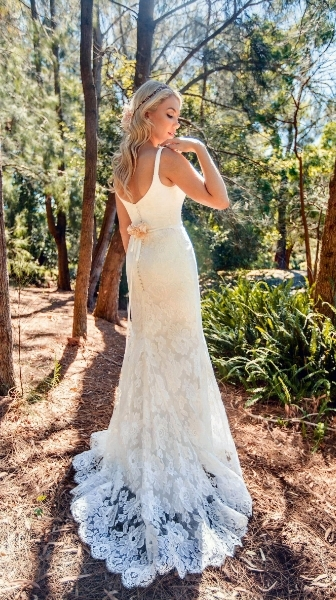 Summer 2 design by Tanya Anic_ Bridal_ photography by Lilelements_2.jpg