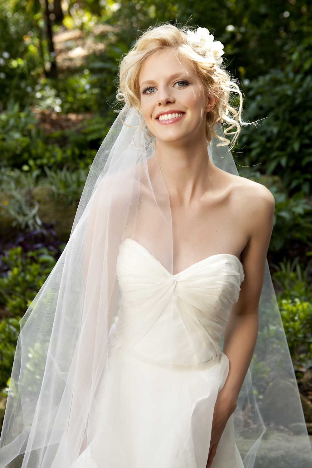 Fern bridal design   Tanya Anic  _ photography _ Luke Drew.jpg