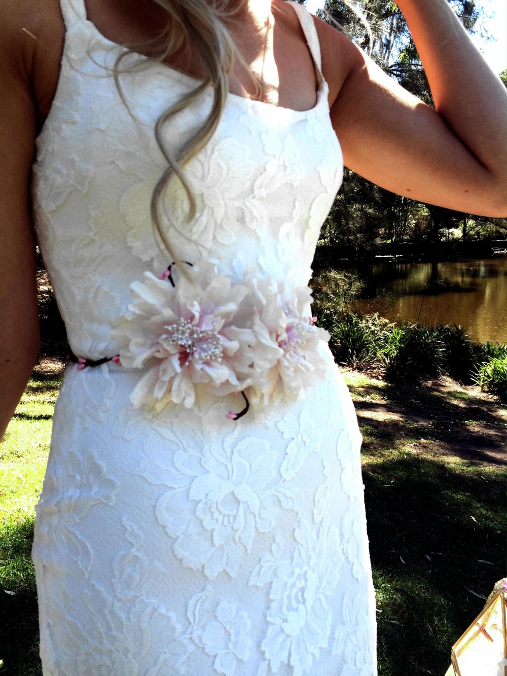 Summer 2 bridal design _Tanya Anic_ Bridal_ flower belt _purdy in bloom_photography _Lilelements.jpg