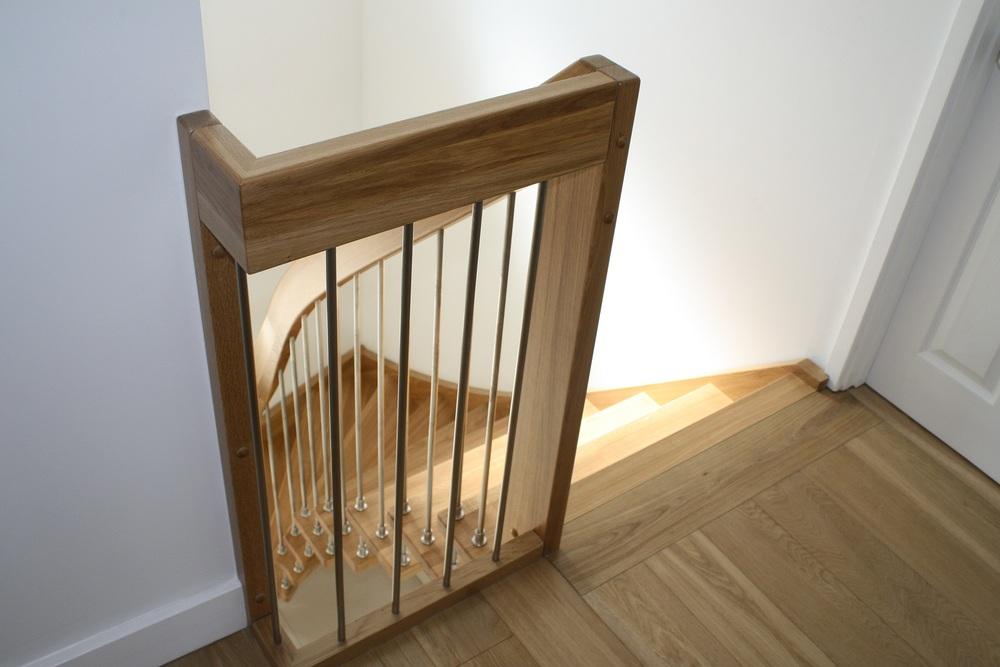 Modern-Timber-Staircase-Sevenoaks-high-2.jpg