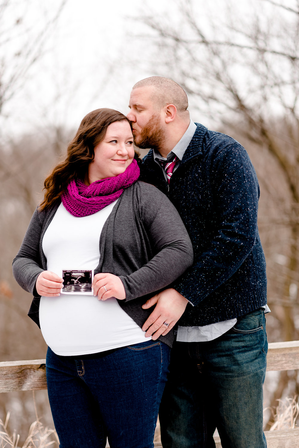 Twin Cities Maternity Photographer - Couple with Ultrasound Photo