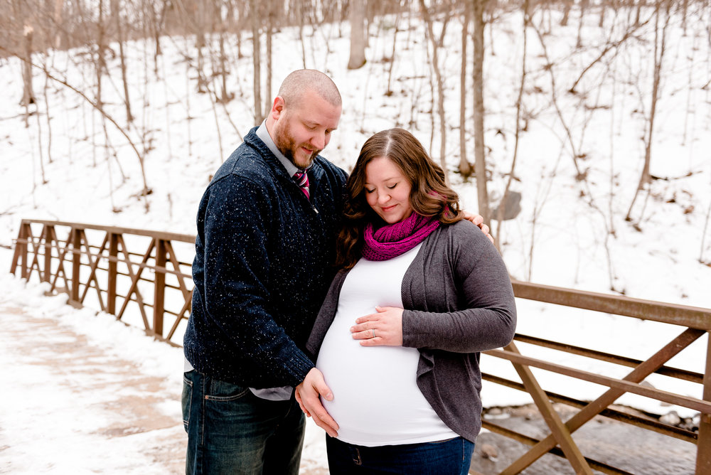 Baby Bump Maternity Photos - Winter Snowy Pregnancy Photographer in Twin Cities