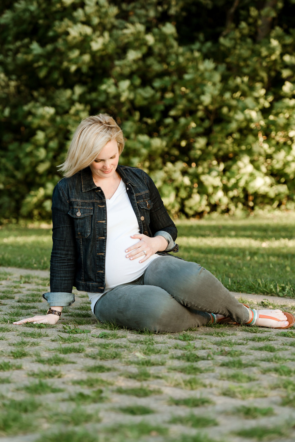 Minneapolis maternity photographer - laura robinson photography