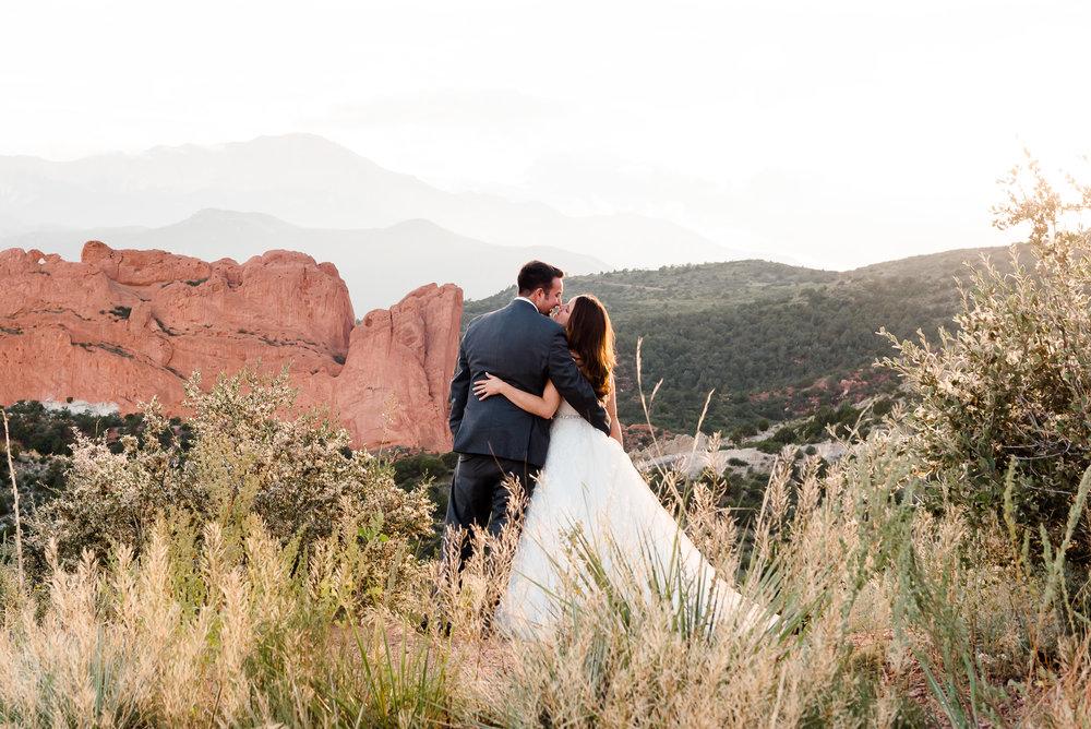KIMBERLY + MICHAEL - MOUNTAIN CHIC COLORADO RANCH WEDDING