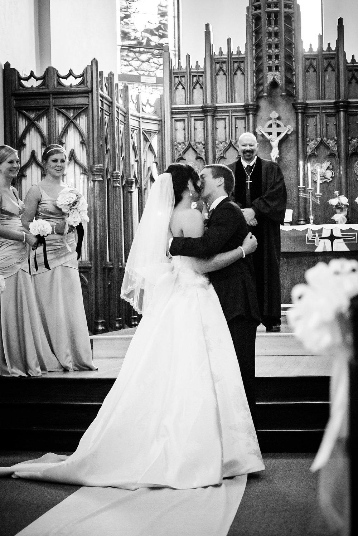 Lyndsay + Josh - Wedding -512.jpg