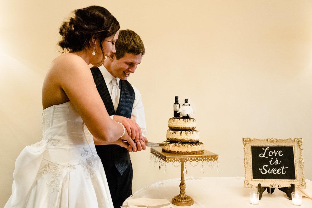 Lyndsay + Josh - Wedding -694.jpg