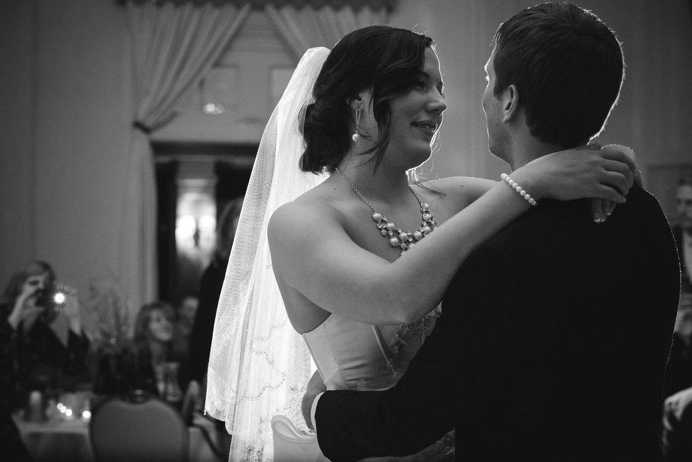 Lyndsay + Josh - Wedding -821.jpg