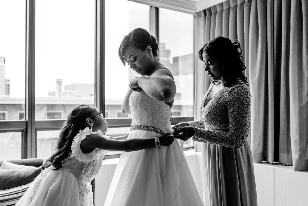 Marquette Hotel Wedding - Bride Getting Ready - Twin Cities Best Wedding Photographers