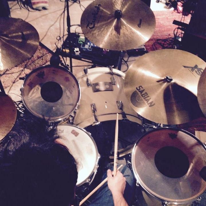enregistrer 4 titres - réaliser sa demo ou epcomprend la journée de prise live, edition, mixage, pré-mastering300€CONTACTEZ NOUS