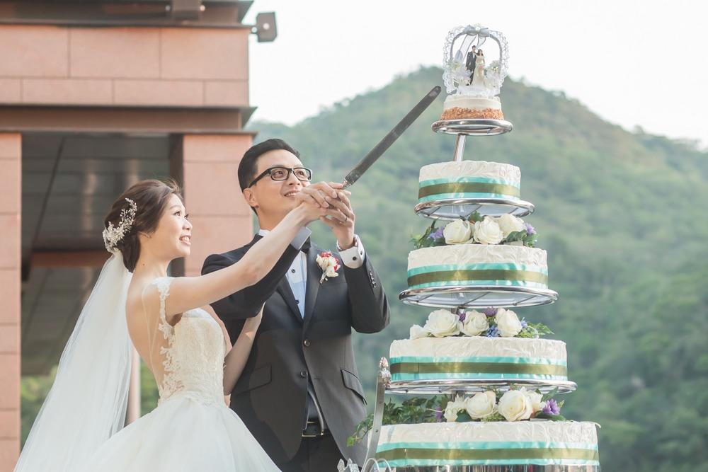婚禮攝影: H + W @ 北投麗禧 平面婚攝: Ray Wang 婚禮主持: TWO in ONE, 沂萱 Wedding Photographer: Ray Wang Location: Grand View Resort Beitou Hotel, Taipei, Taiwan Wedding Host: TWO in ONE, Amy