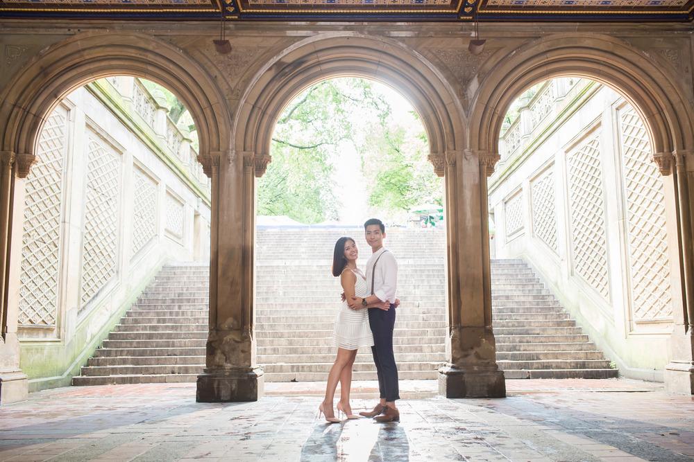 愛情寫真 Love Story: Nick & Jessica Location: New York 紐約 Photographer: 之玲L.,LINCHPIN M.  第一次和Jessica和Nick相遇, 是在台北的婚禮上 第二次再見面, 是在NY 因為他們要離開這個城市, 曾經一起相識的國度 於是他們有個心願, 希望能在紐約的最後兩周 留下有著彼此身影的回憶  不知道將來會在哪個城市再次見面呢?