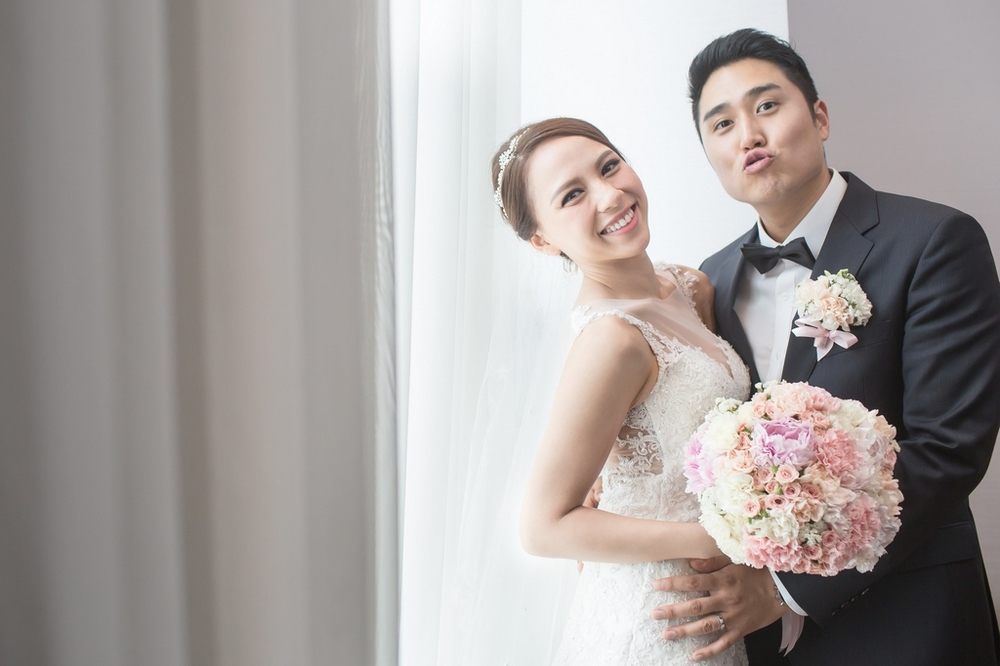 婚禮攝影: MN & JT @ 台北寒舍艾美 新祕造型: Hester, Vanessa O Makeup Studio 婚禮主持: 晏綺 婚攝: 之玲L. + Ray + Eden Make-up Artist: Hester, Vanessa O Makeup Studio Wedding Host: Cynthia Location: LE MERIDIEN TAIPEI HOTEL, Taipei, Taiwan Photographer: LINCHPIN M.