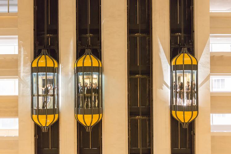 婚禮攝影: Nelson & Monica @ 台北W HOTEL 平面婚攝: 之玲L. + Ray Wang + W. Location: W HOTEL, Taipei, Taiwan Photographer: LINCHPIN M. Groom& Bride: Nelson &Monica