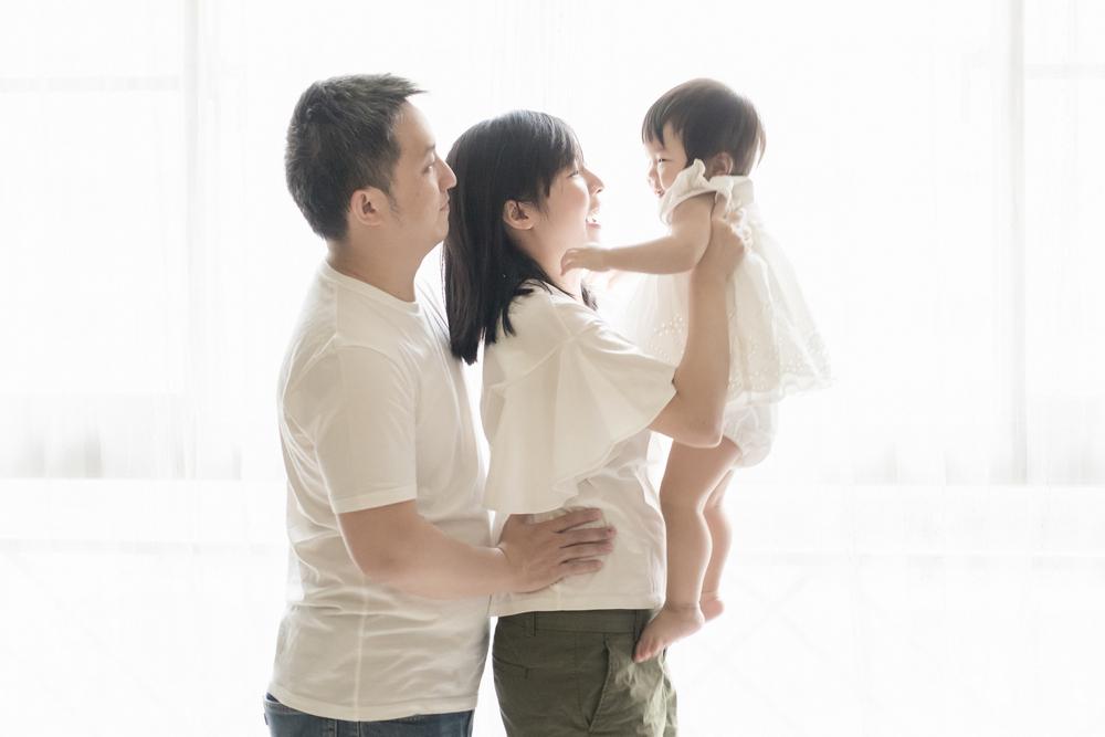 Family 親子寫真: E+E Location 拍攝地點: 自宅 Photographer 攝影: 之玲 L., LINCHPIN M.