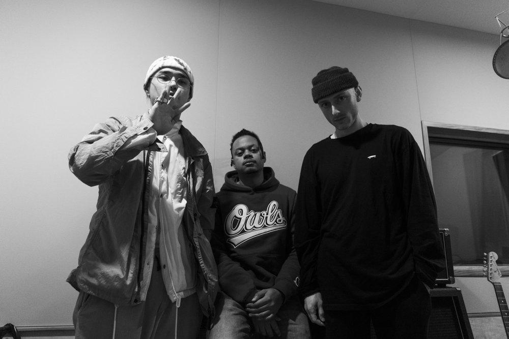 Dean, Neenyo & River Tiber