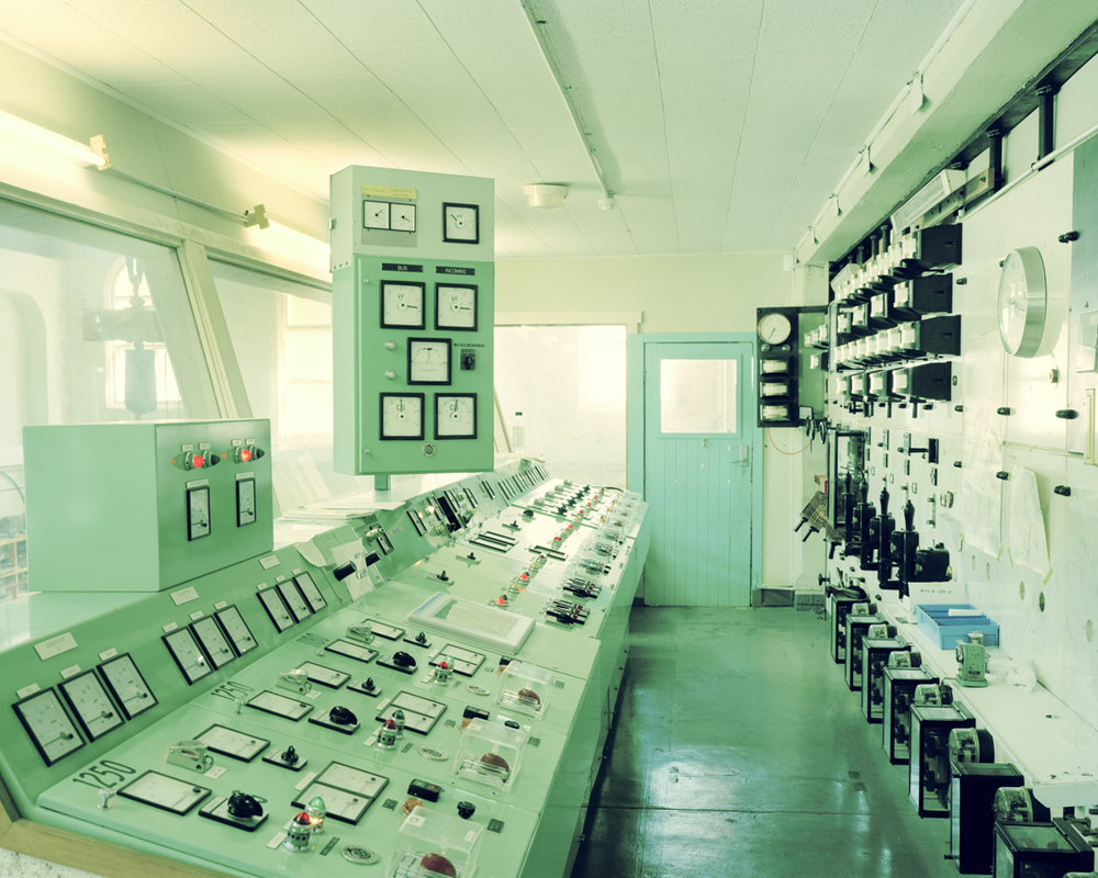 38_powerplant-control-room.jpg